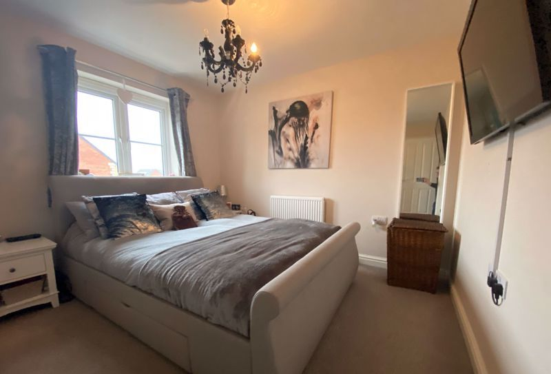 3 bed  for sale in Sandleford Drive  - Property Image 8
