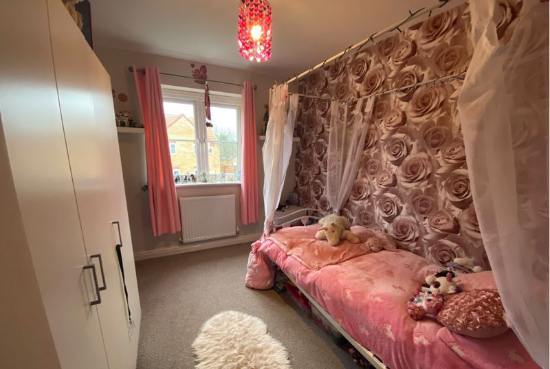 3 bed  for sale in Sandleford Drive  - Property Image 10