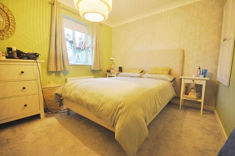 4 bed house for sale in New Lakeside 12