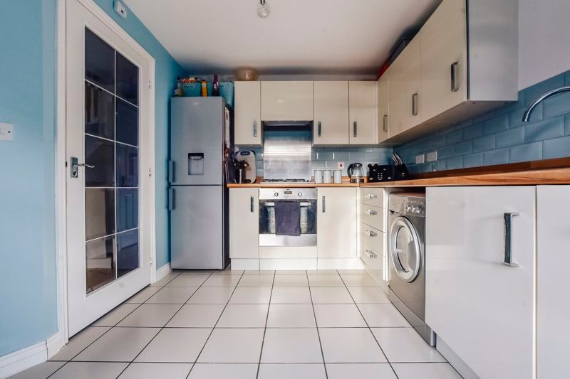 3 bed  for sale in Kelburn Road  - Property Image 1