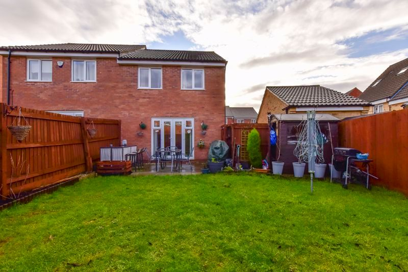 3 bed  for sale in Kelburn Road  - Property Image 2