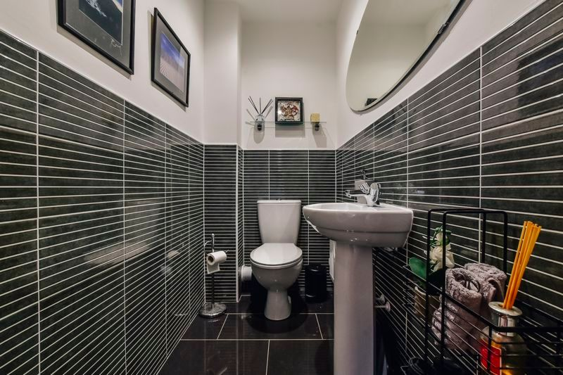 3 bed  for sale in Kelburn Road  - Property Image 9