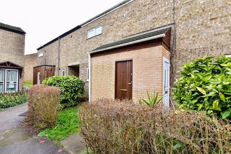 4 bed house for sale in Barnstock 17