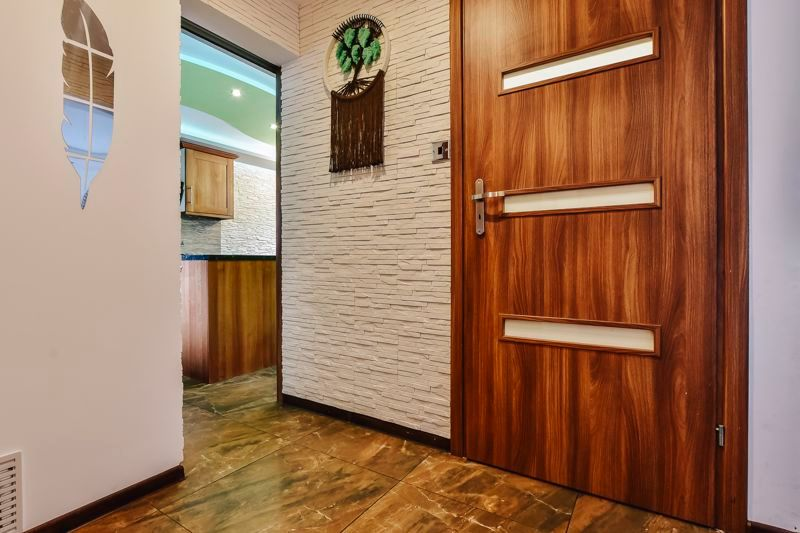 4 bed house for sale in Barnstock 3