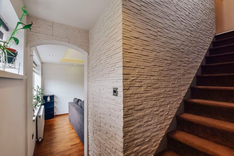 4 bed house for sale in Barnstock 10