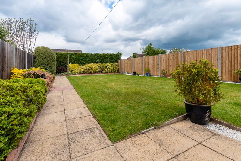 3 bed house for sale in Rayner Avenue  - Property Image 14