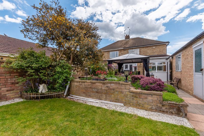 3 bed house for sale in Rayner Avenue  - Property Image 15