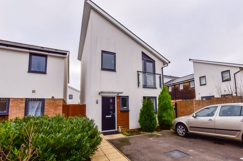 3 bed house for sale in James Avenue, PE1