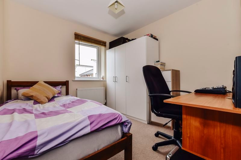 3 bed house for sale in James Avenue 12