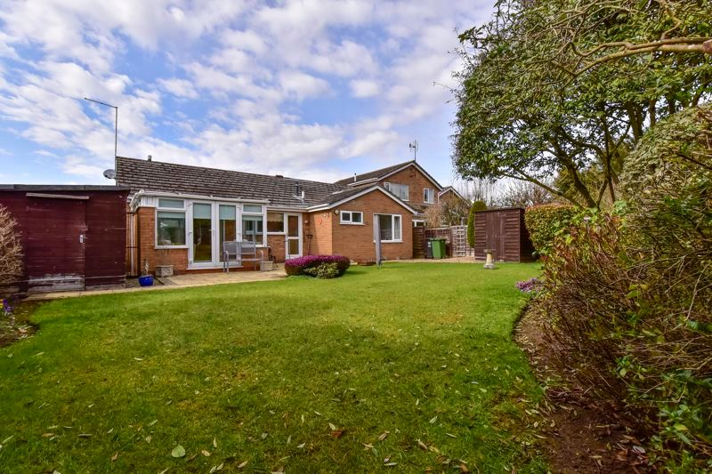 3 bed bungalow for sale in Doddington Drive, PE3