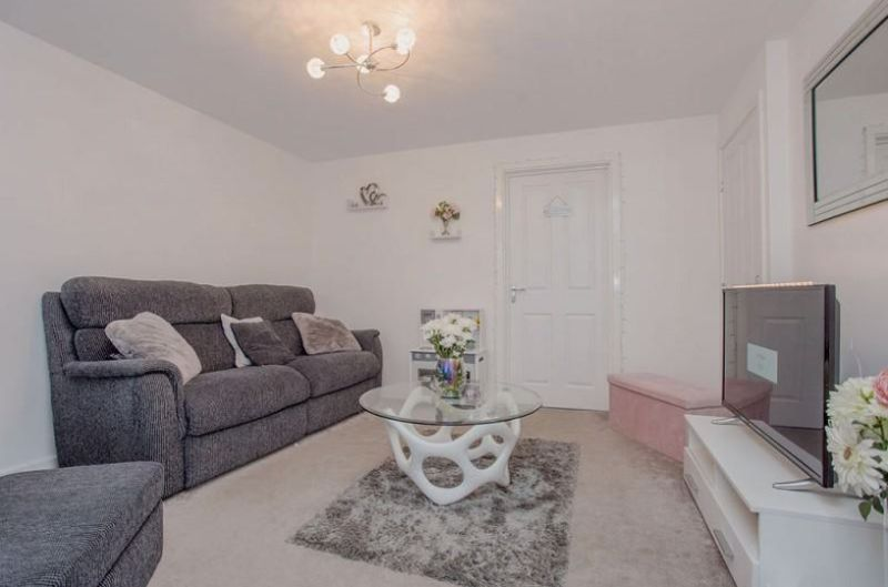 3 bed  to rent in Whitney Drive  - Property Image 4