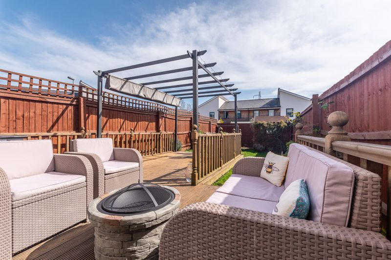 3 bed house for sale in Rudd Close  - Property Image 2