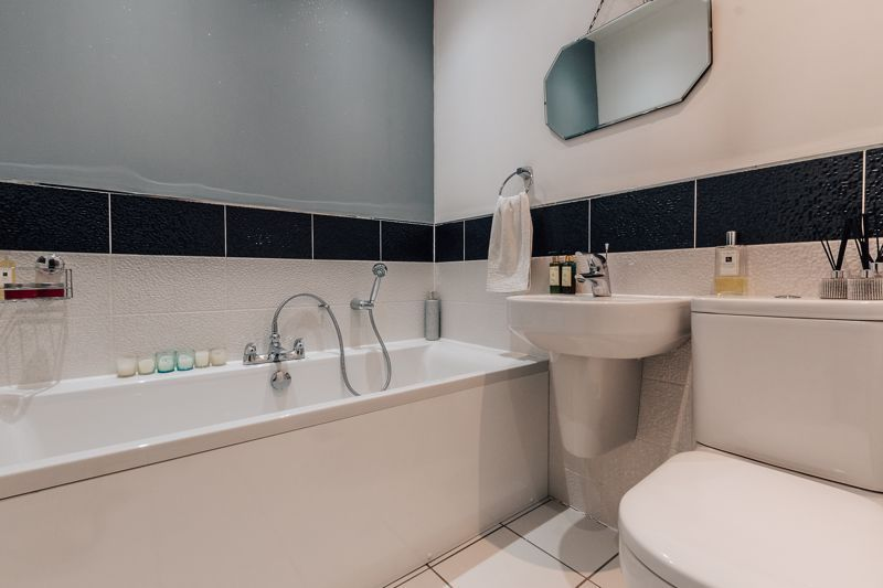 3 bed house for sale in Rudd Close  - Property Image 14