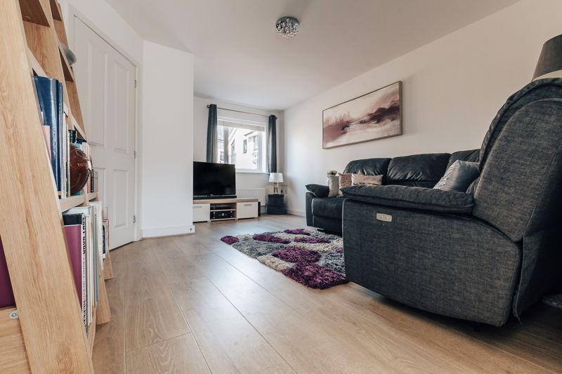 3 bed house for sale in Rudd Close  - Property Image 5