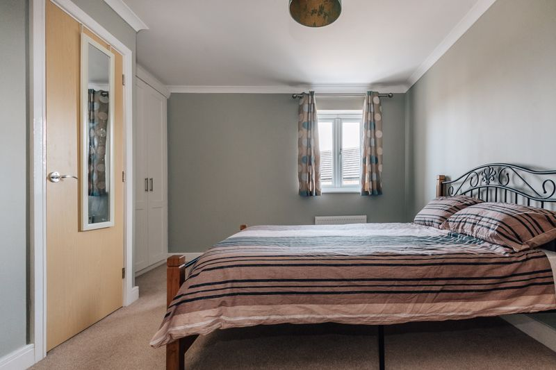 4 bed house for sale in Bayleaf Avenue 12