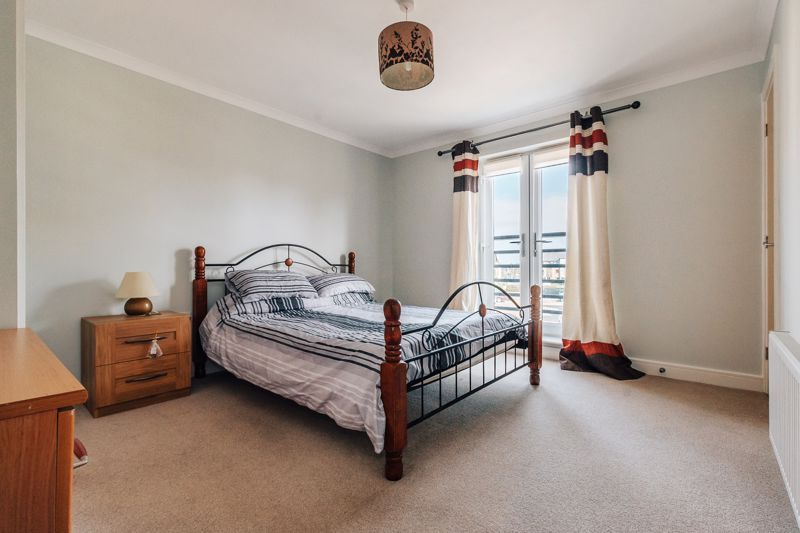 4 bed house for sale in Bayleaf Avenue 16