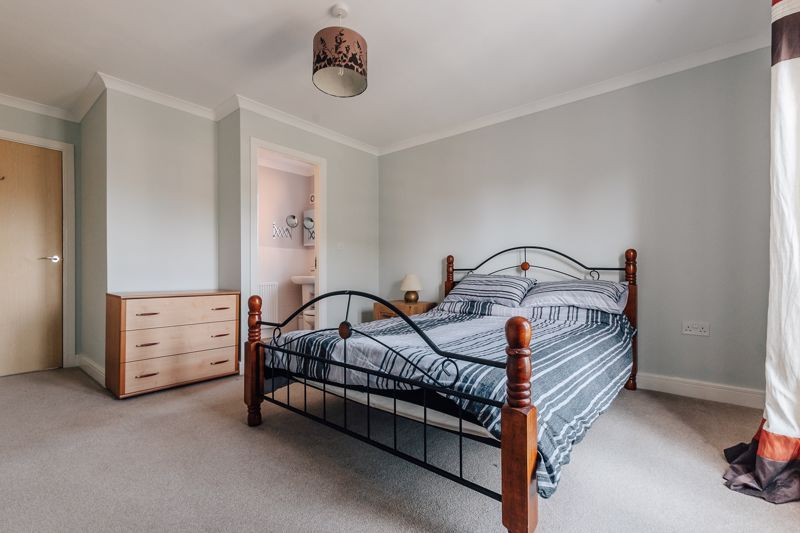 4 bed house for sale in Bayleaf Avenue 17