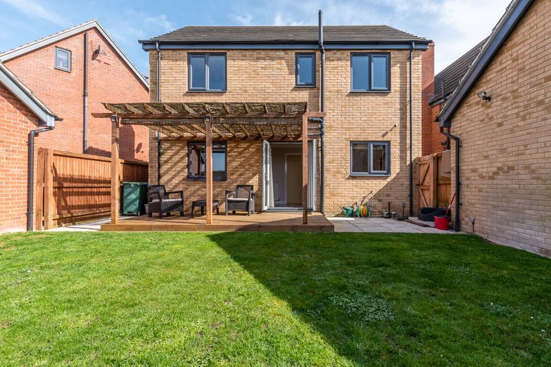 4 bed house for sale in Bayleaf Avenue 20