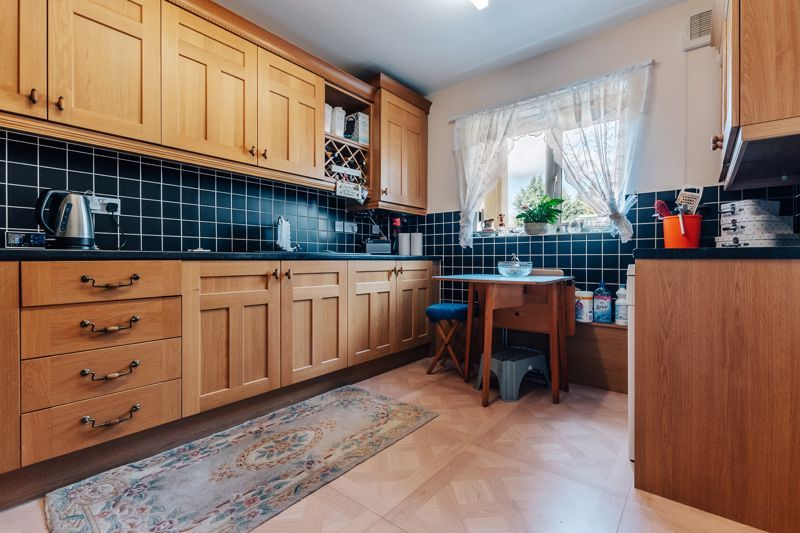 3 bed  for sale in Townsend Road  - Property Image 4