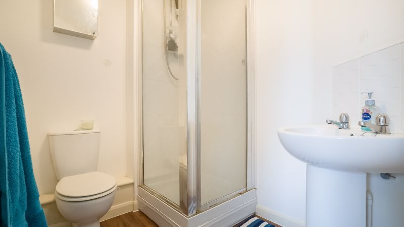 2 bed flat for sale in Verde Close  - Property Image 11