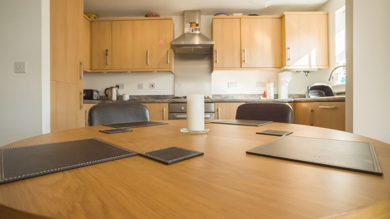 2 bed flat for sale in Verde Close  - Property Image 7