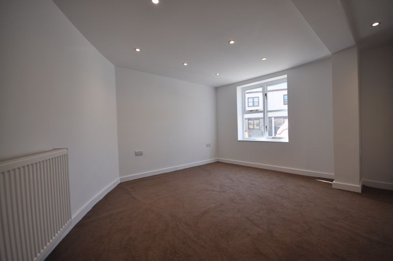 2 bed flat for sale in Barrs Street  - Property Image 12