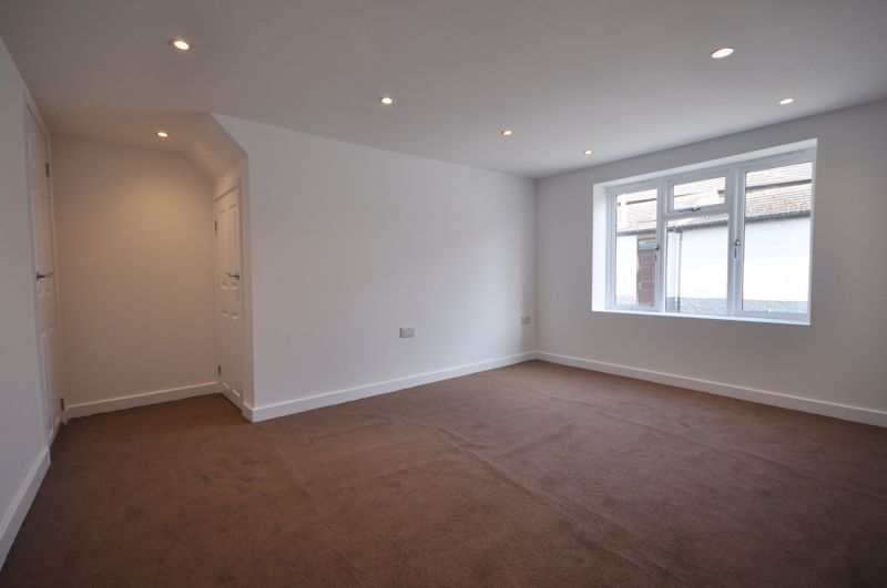 2 bed flat for sale in Barrs Street 9