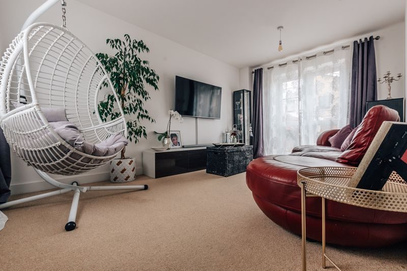 3 bed house for sale in Bradley Way  - Property Image 4