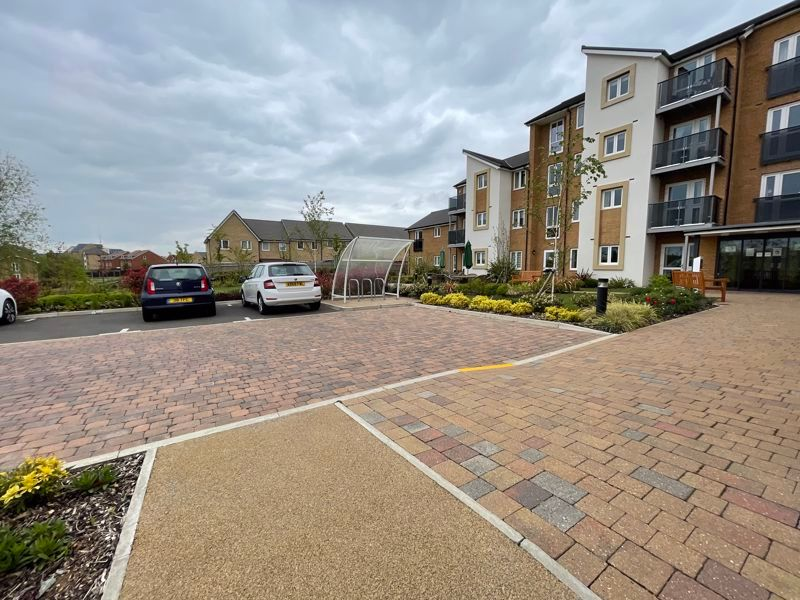 2 bed flat for sale in Kempley Close  - Property Image 15