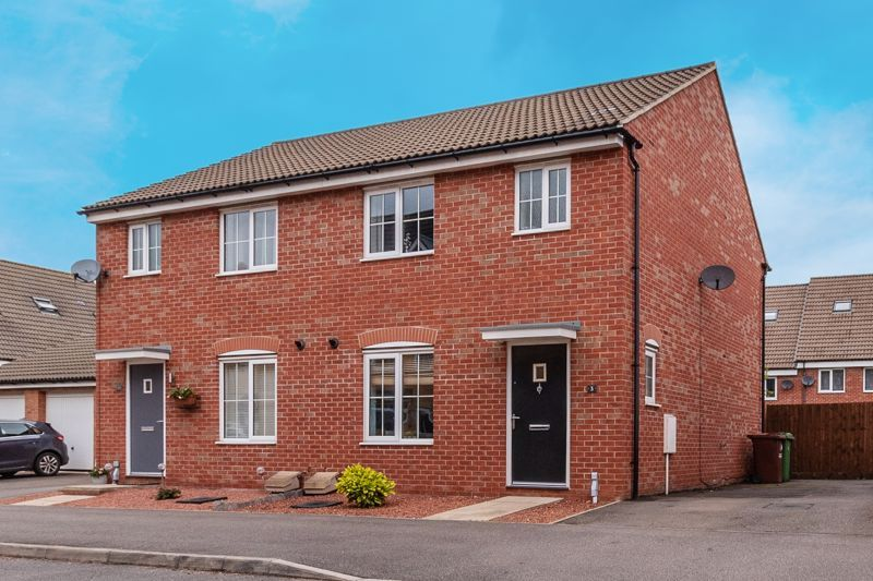3 bed house for sale in Nairn Drive 2