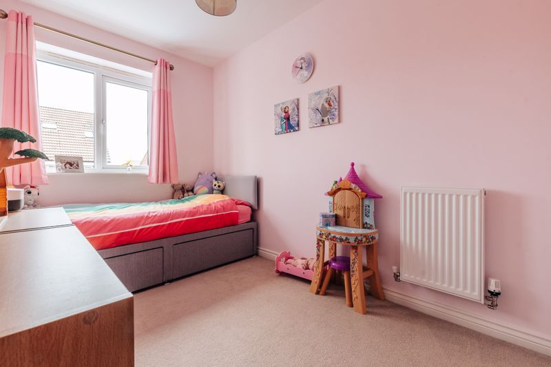 3 bed house for sale in Nairn Drive 15