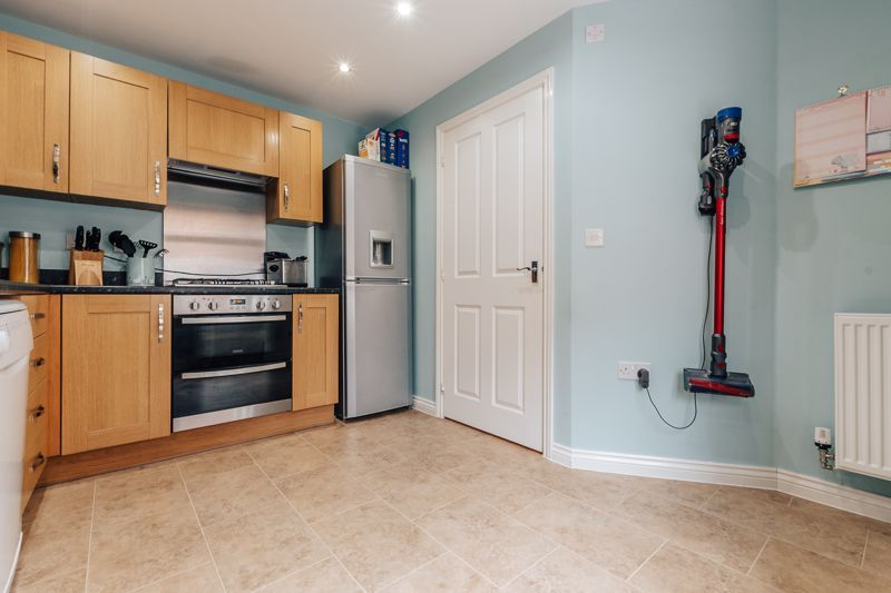 3 bed house for sale in Nairn Drive 5