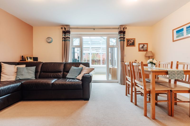 3 bed house for sale in Nairn Drive 7