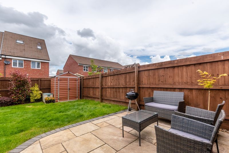 3 bed house for sale in Nairn Drive 10