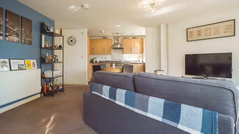 2 bed  for sale in Verde Close  - Property Image 6