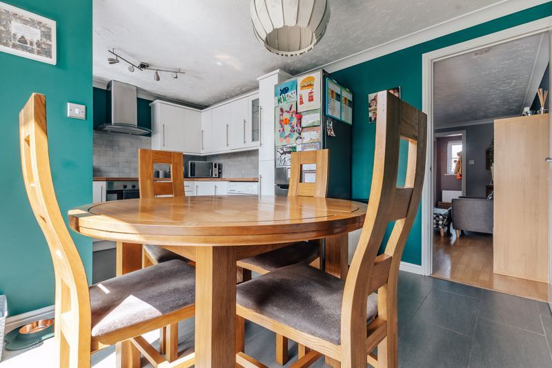 3 bed  for sale in Turnstone Way, PE2