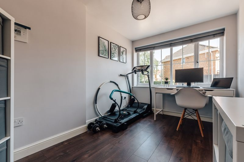 4 bed house for sale in Belton Road 11