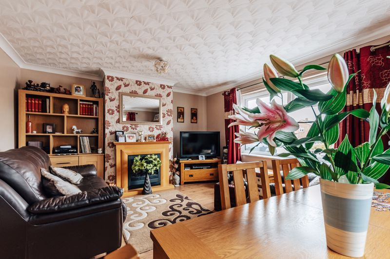 3 bed house for sale in Springfield Road, PE7