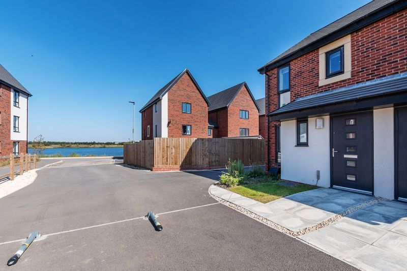 2 bed house for sale in Berrington View, PE7