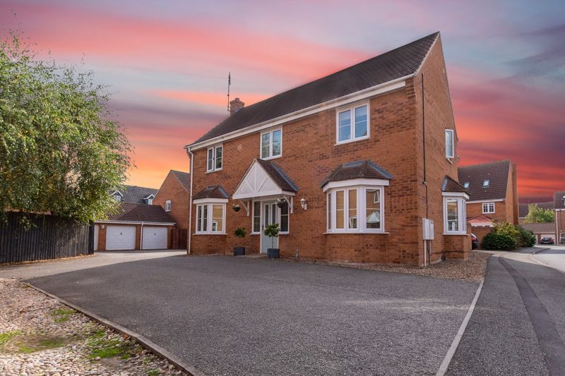 5 bed house for sale in Hansel Close, PE2