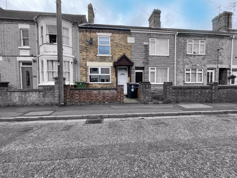 3 bed house for sale in Palmerston Road, PE2