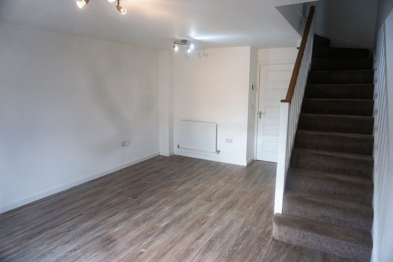 2 bed house to rent in Alder Close 7
