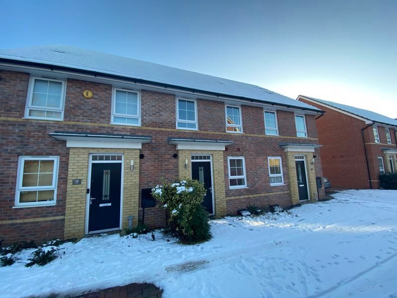 2 bed house to rent in Alder Close 1