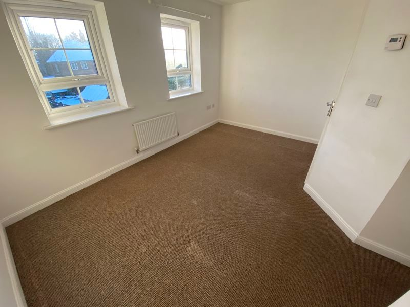 2 bed house to rent in Alder Close 8
