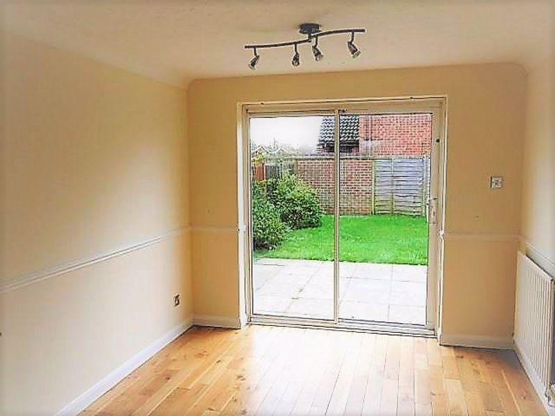 3 bed house to rent in Lavington Grange 3