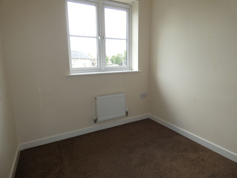 3 bed  to rent in Hudson Grove 9