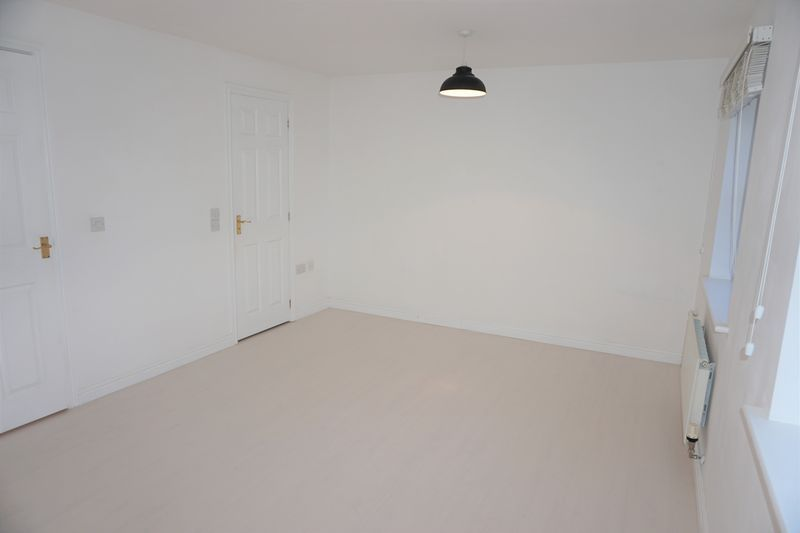 4 bed  to rent in Buckthorn Road  - Property Image 12