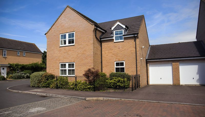 4 bed house for sale in Shackleton Way  - Property Image 22