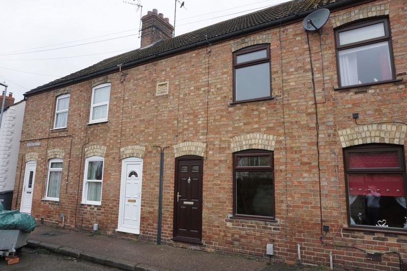 2 bed house to rent in Middletons Road, PE7