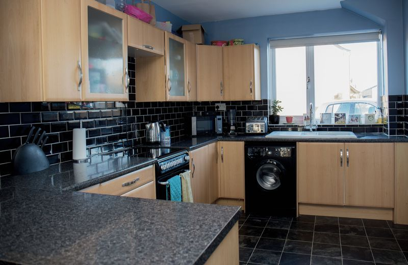 3 bed  for sale in Lancaster Way 4